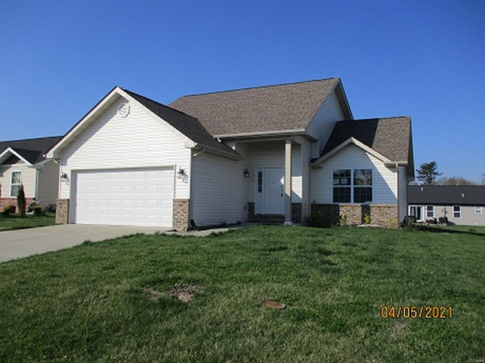 7910 LAUREL FLATS Drive Property Photo - Caseyville, IL real estate listing