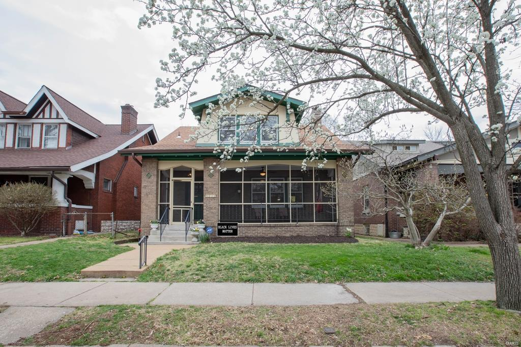 4031 Magnolia Place Property Photo - St Louis, MO real estate listing