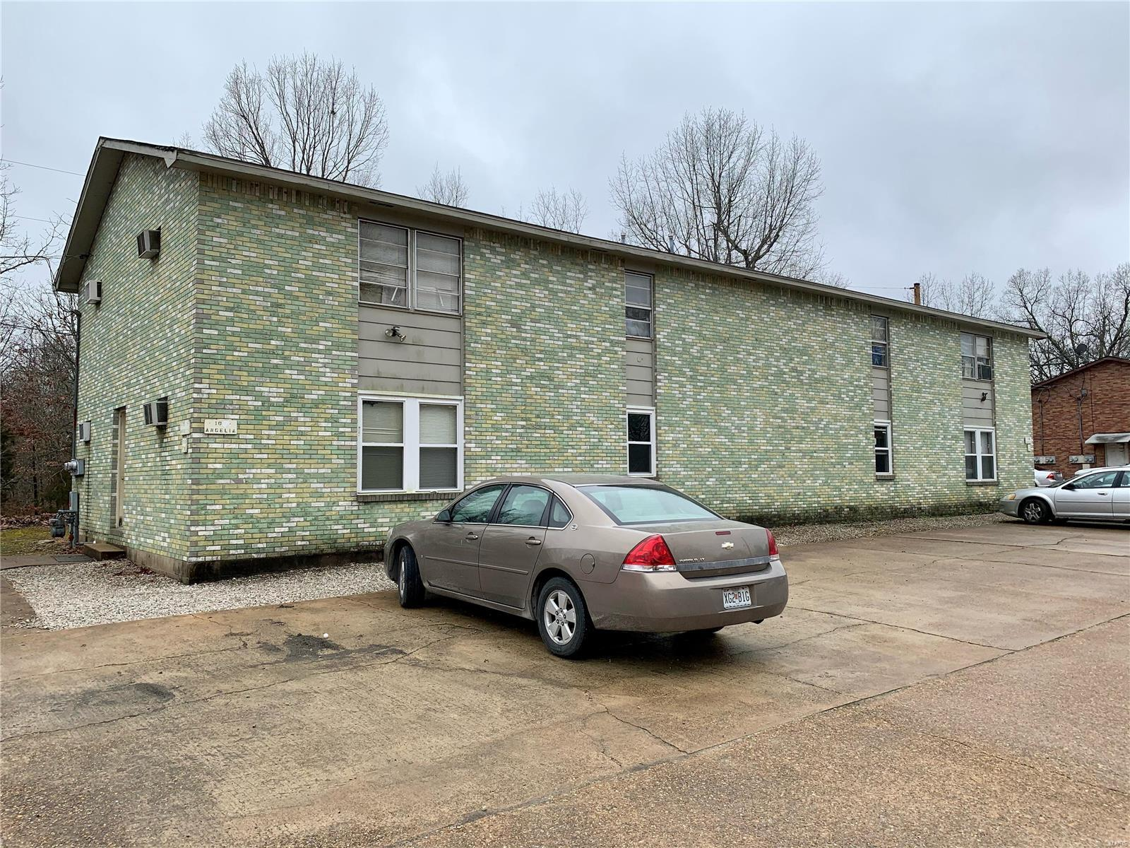 102 Angelia Property Photo - Poplar Bluff, MO real estate listing