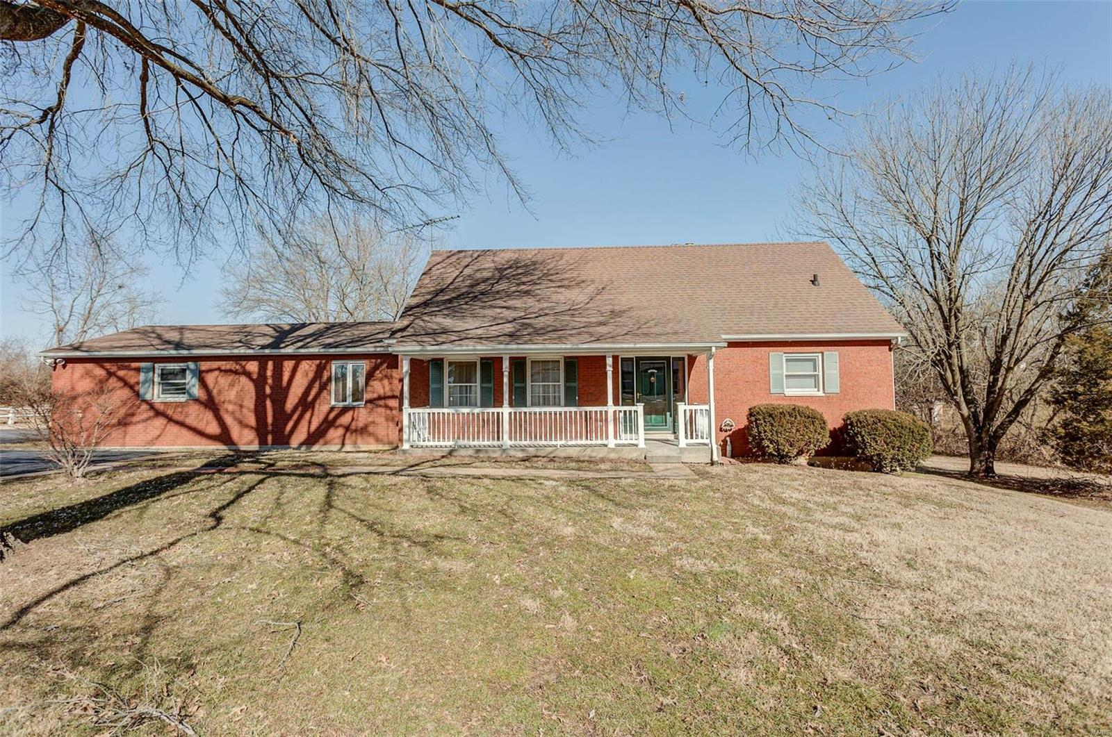 335 ES 6th Street Property Photo - Red Bud, IL real estate listing