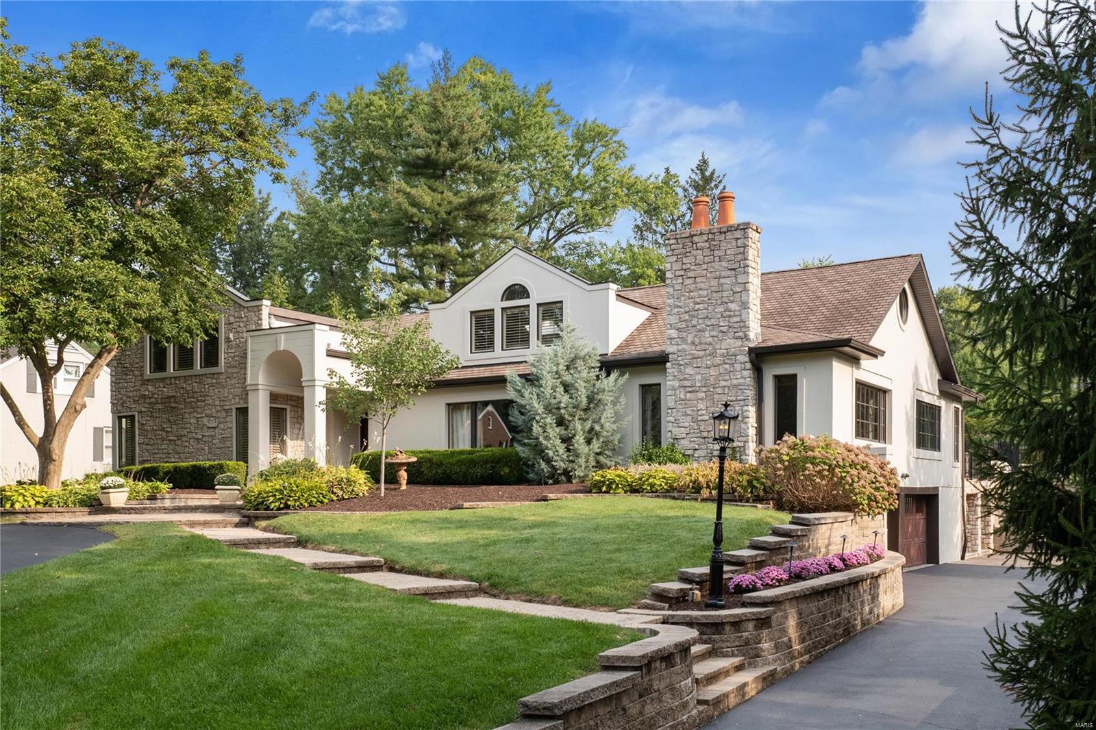 9 Frontenac Estates Drive Property Photo - Frontenac, MO real estate listing