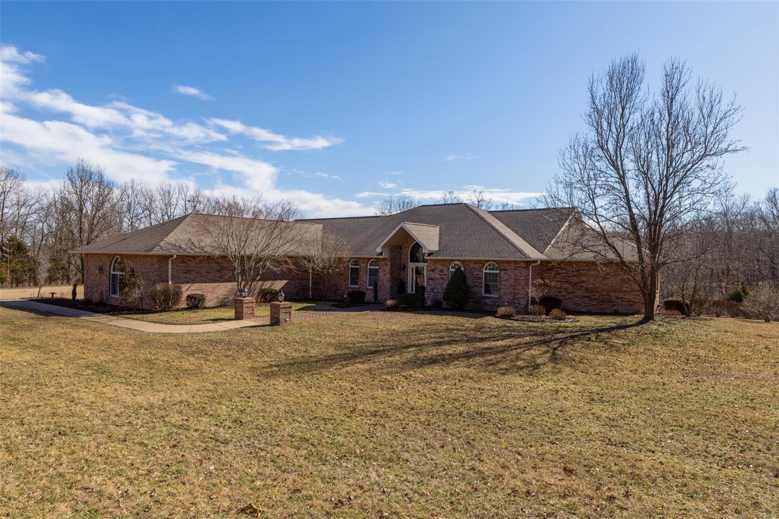 404 Silver Creek Property Photo - Farmington, MO real estate listing