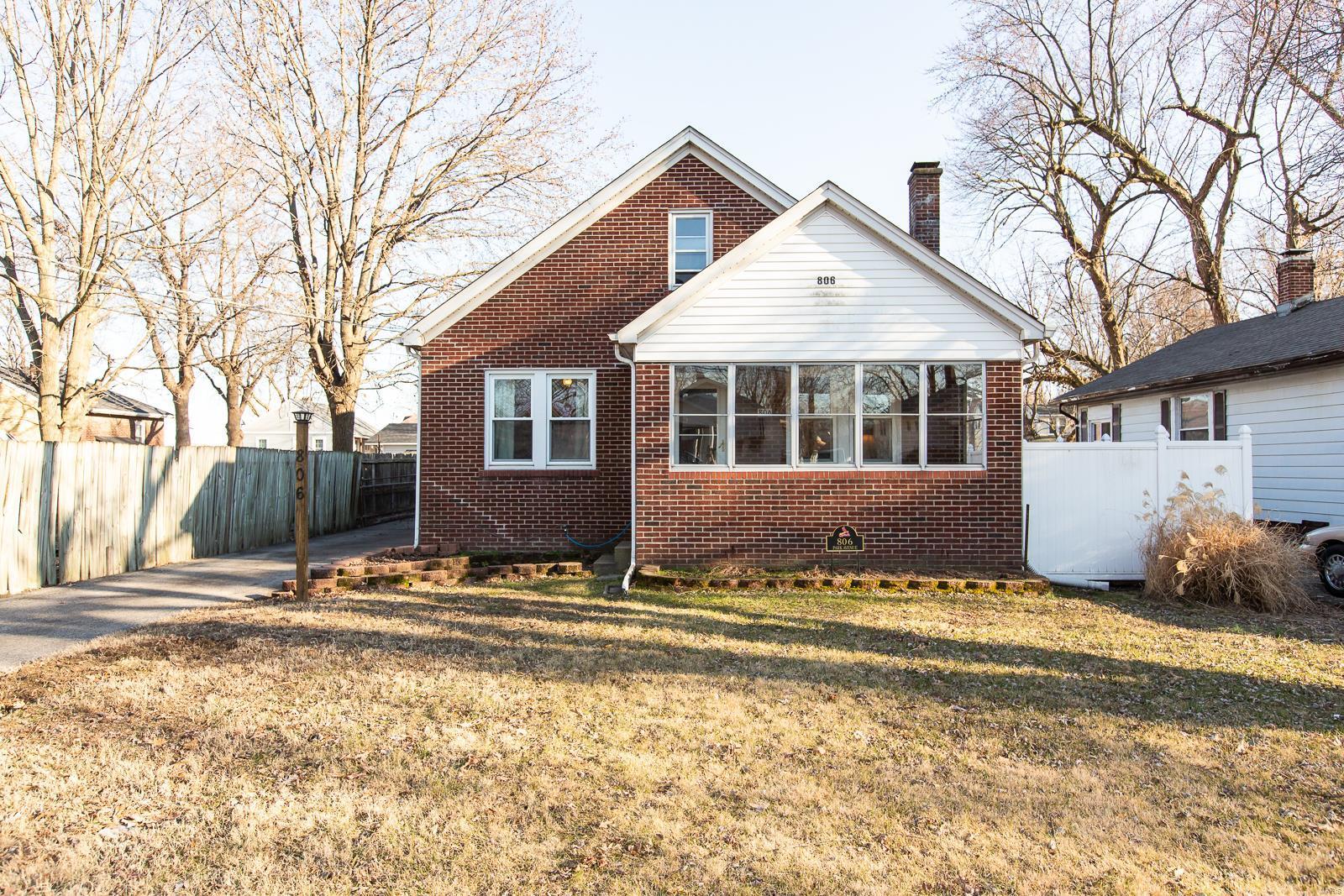 806 Park Avenue Property Photo - Cahokia, IL real estate listing