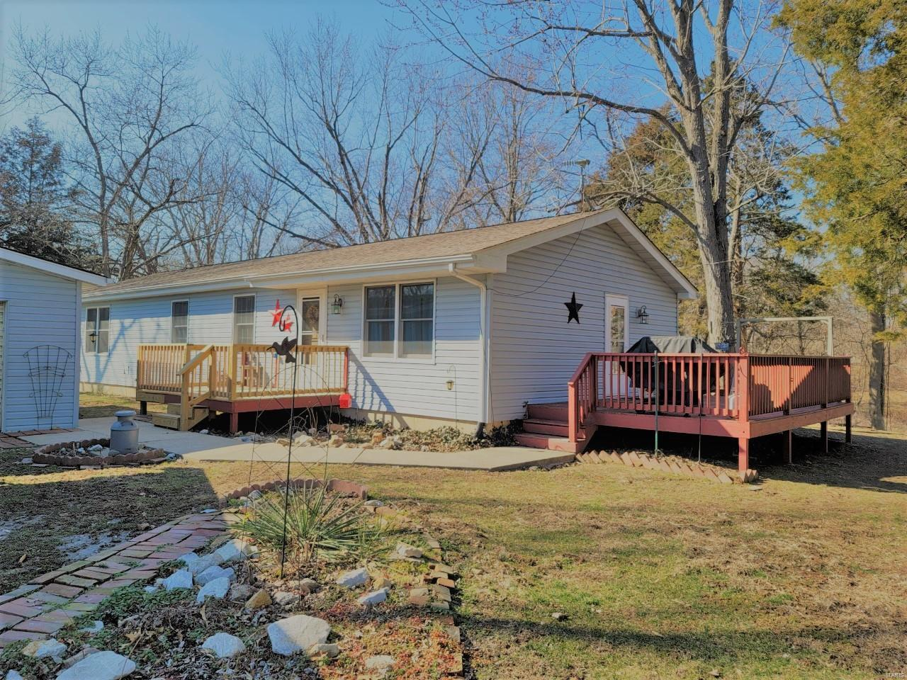 117 Fisher Avenue Property Photo - Panama, IL real estate listing
