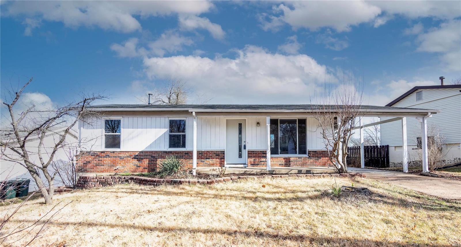 1041 Piedras Property Photo - Fenton, MO real estate listing