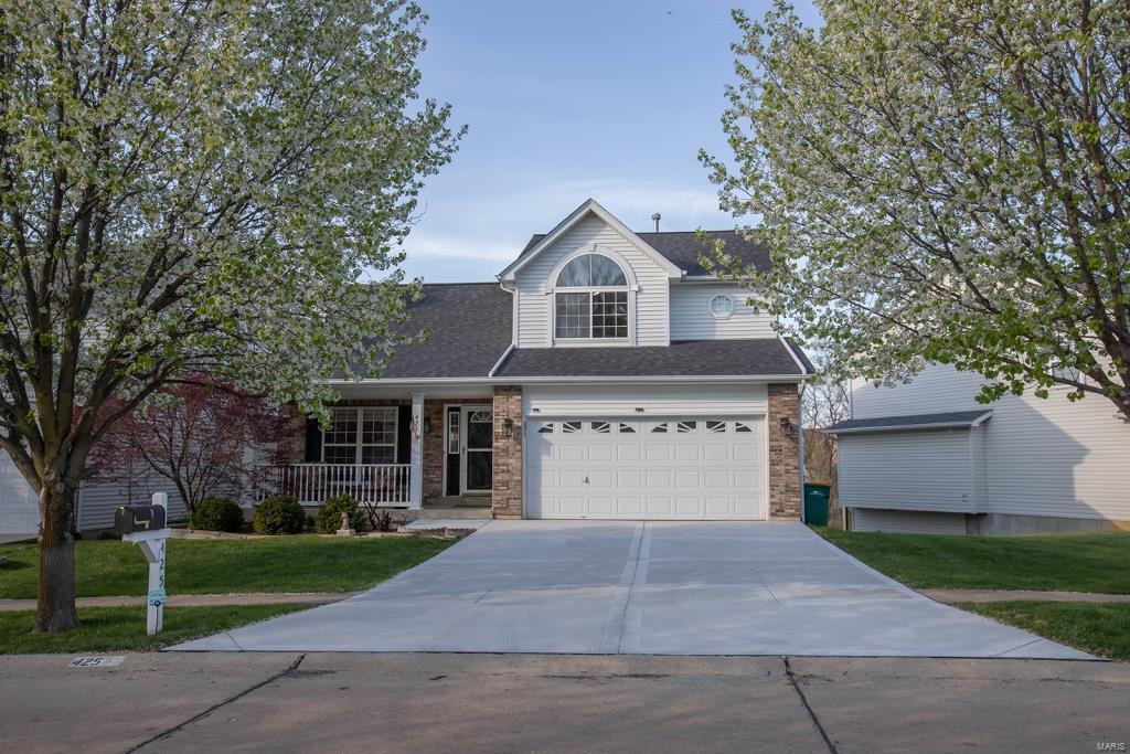 425 Winter Bluff Drive Property Photo