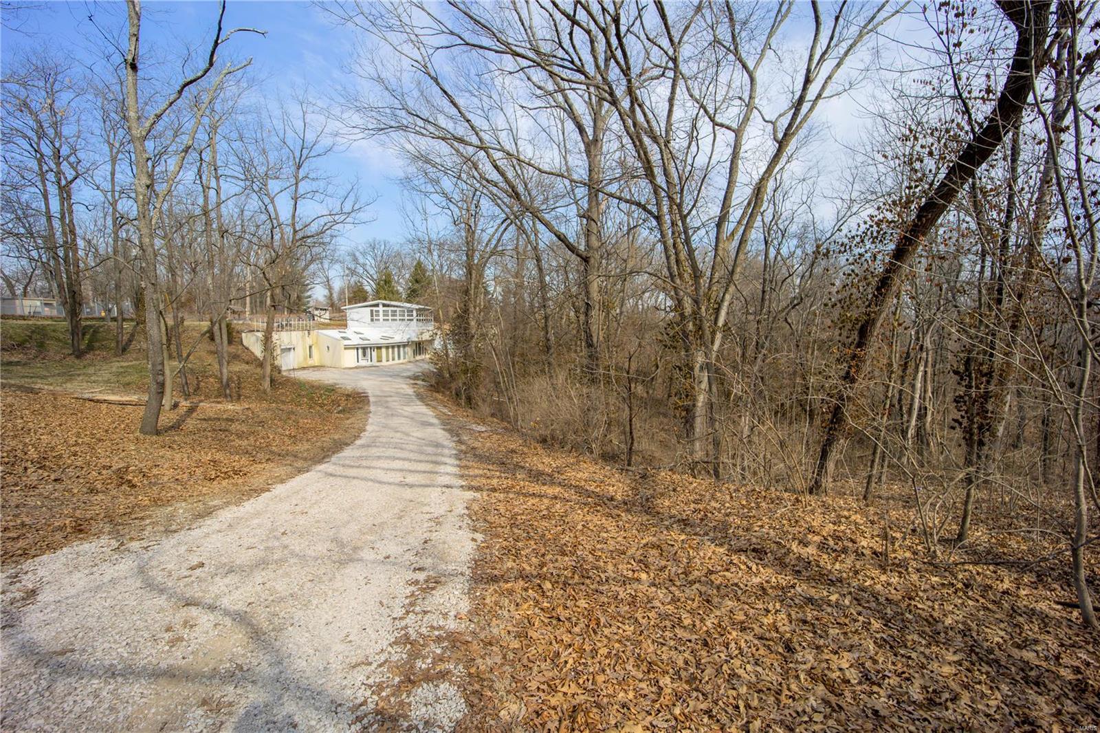 5720 Montebello Road Property Photo