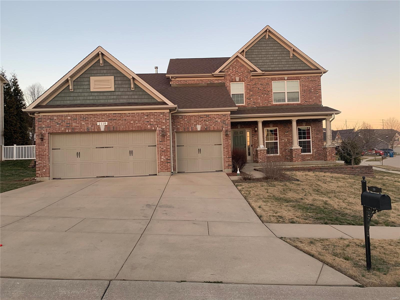 2118 Seven Trails Drive Property Photo - Arnold, MO real estate listing