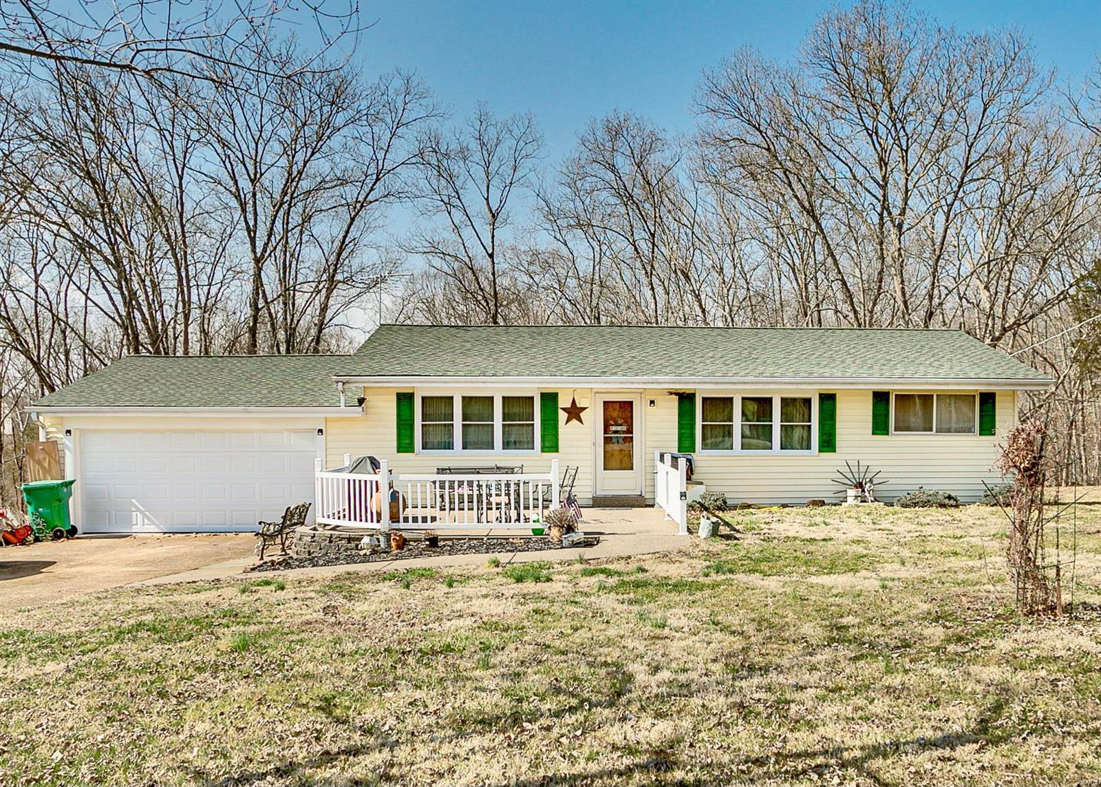 8665 W Shore Drive Property Photo - Hillsboro, MO real estate listing