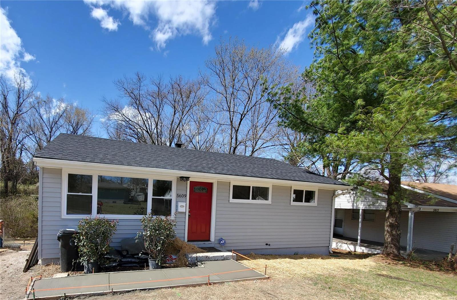 5609 Parchester Property Photo - St Louis, MO real estate listing