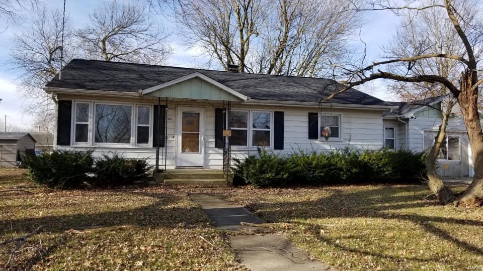 502 E Shirley Property Photo - Raymond, IL real estate listing