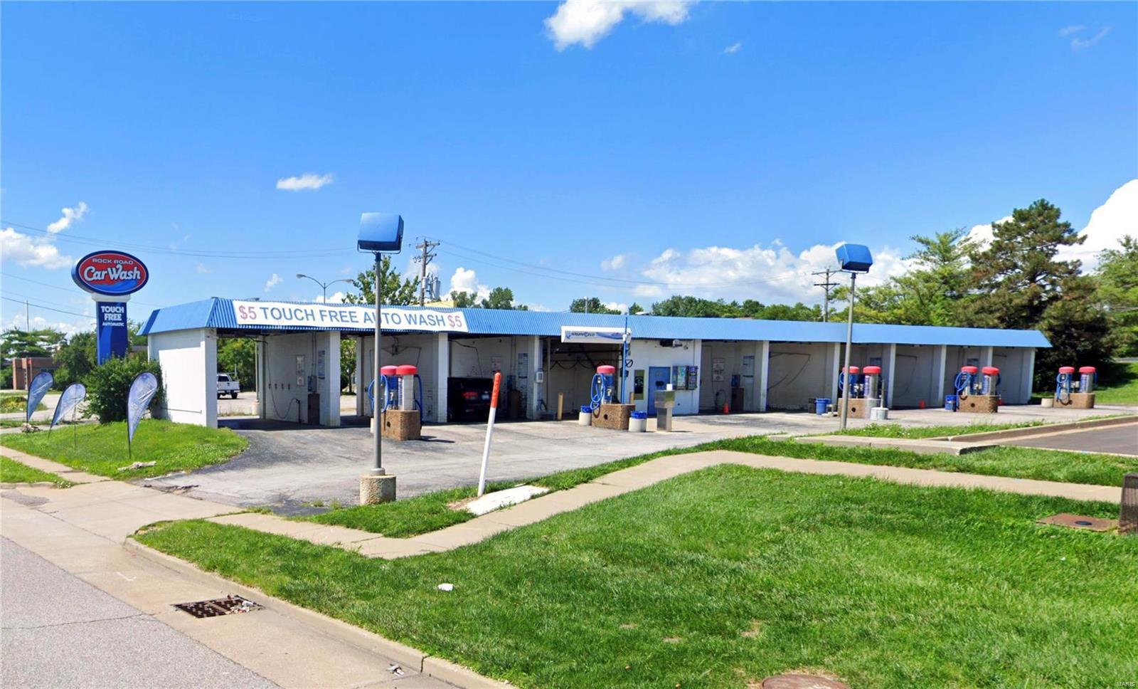 12001 Saint Charles Rock Property Photo - Bridgeton, MO real estate listing