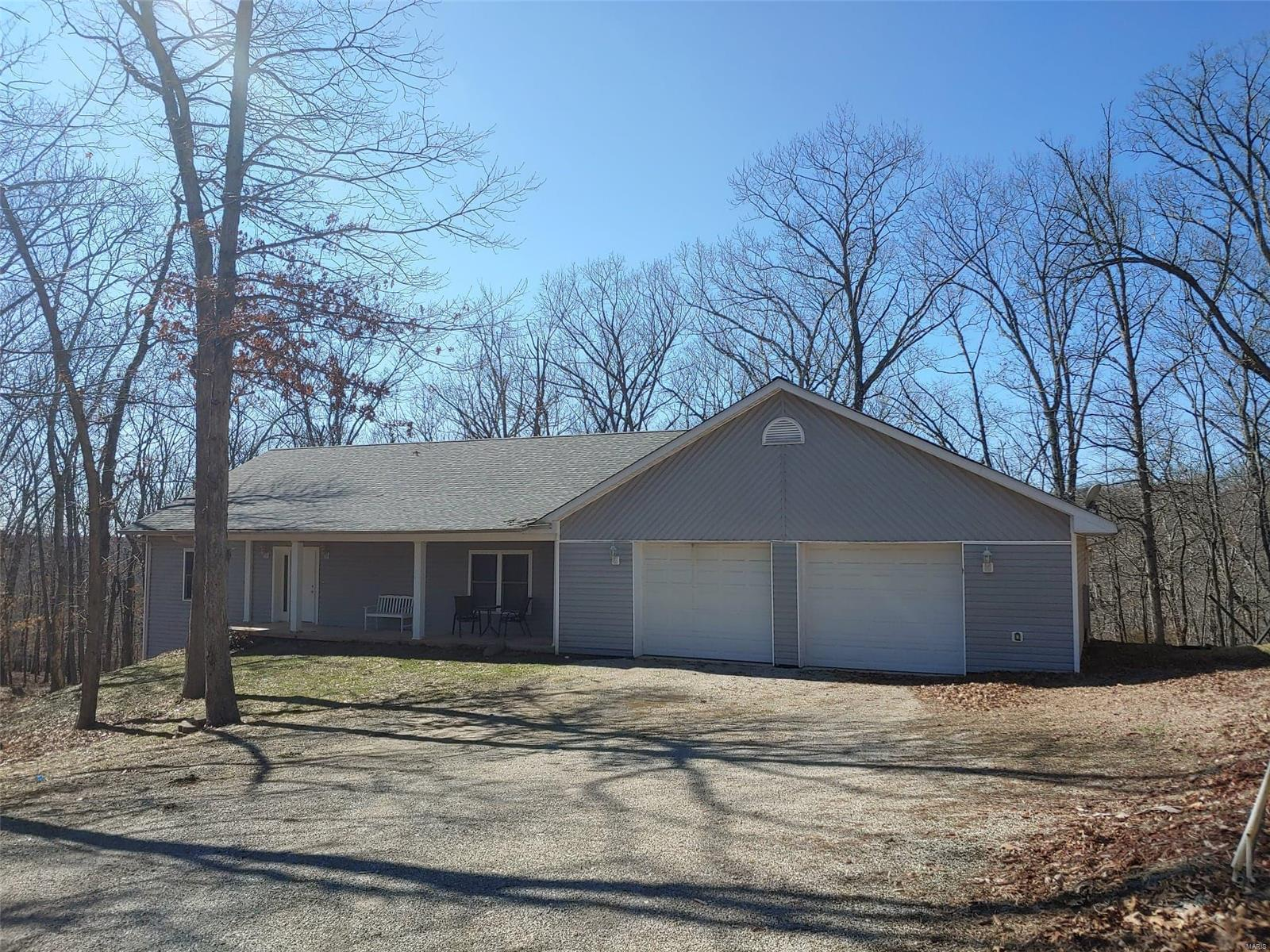 1340 Gainsborough Court Property Photo - Marthasville, MO real estate listing