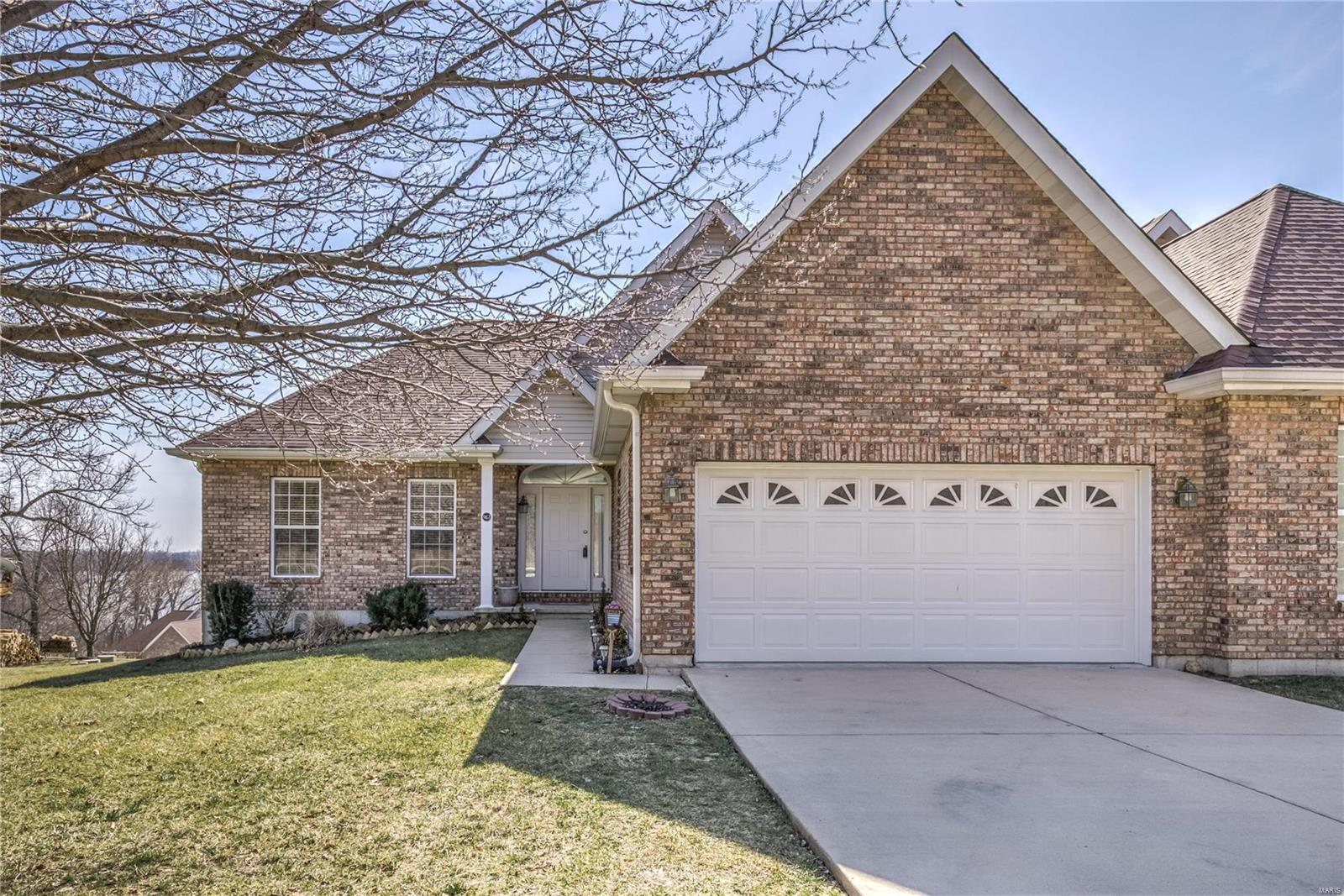 967 Riverview Property Photo - Golden Eagle, IL real estate listing