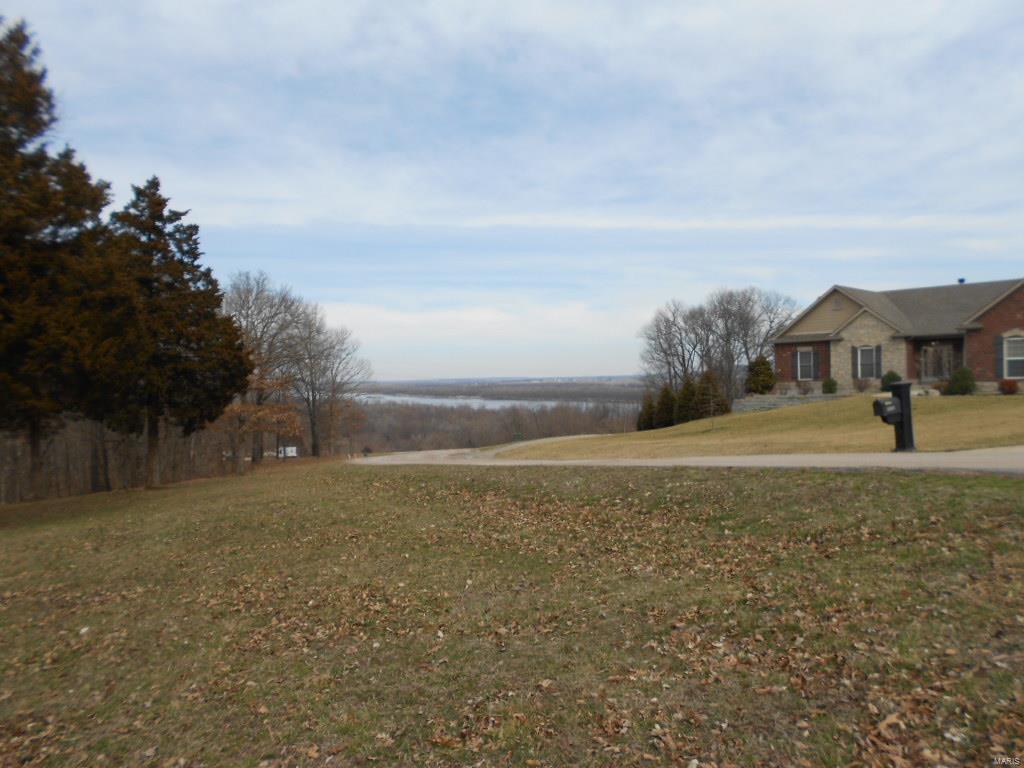 River Hills Real Estate Listings Main Image