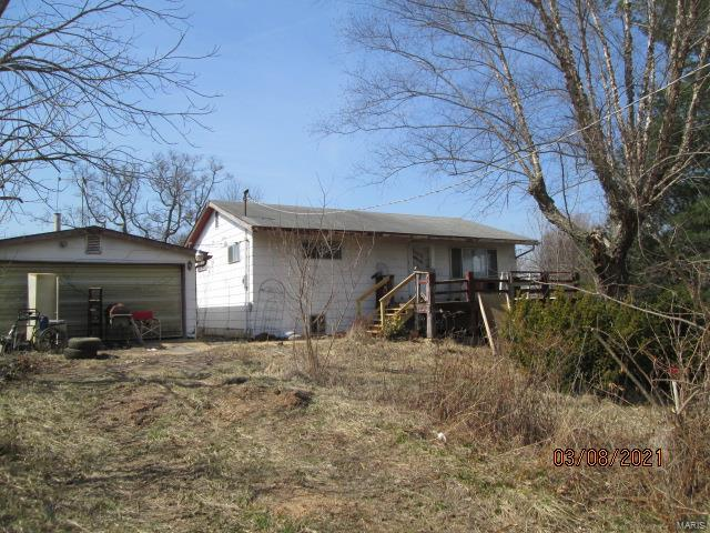 2035 Lillian Drive Property Photo - St Clair, MO real estate listing