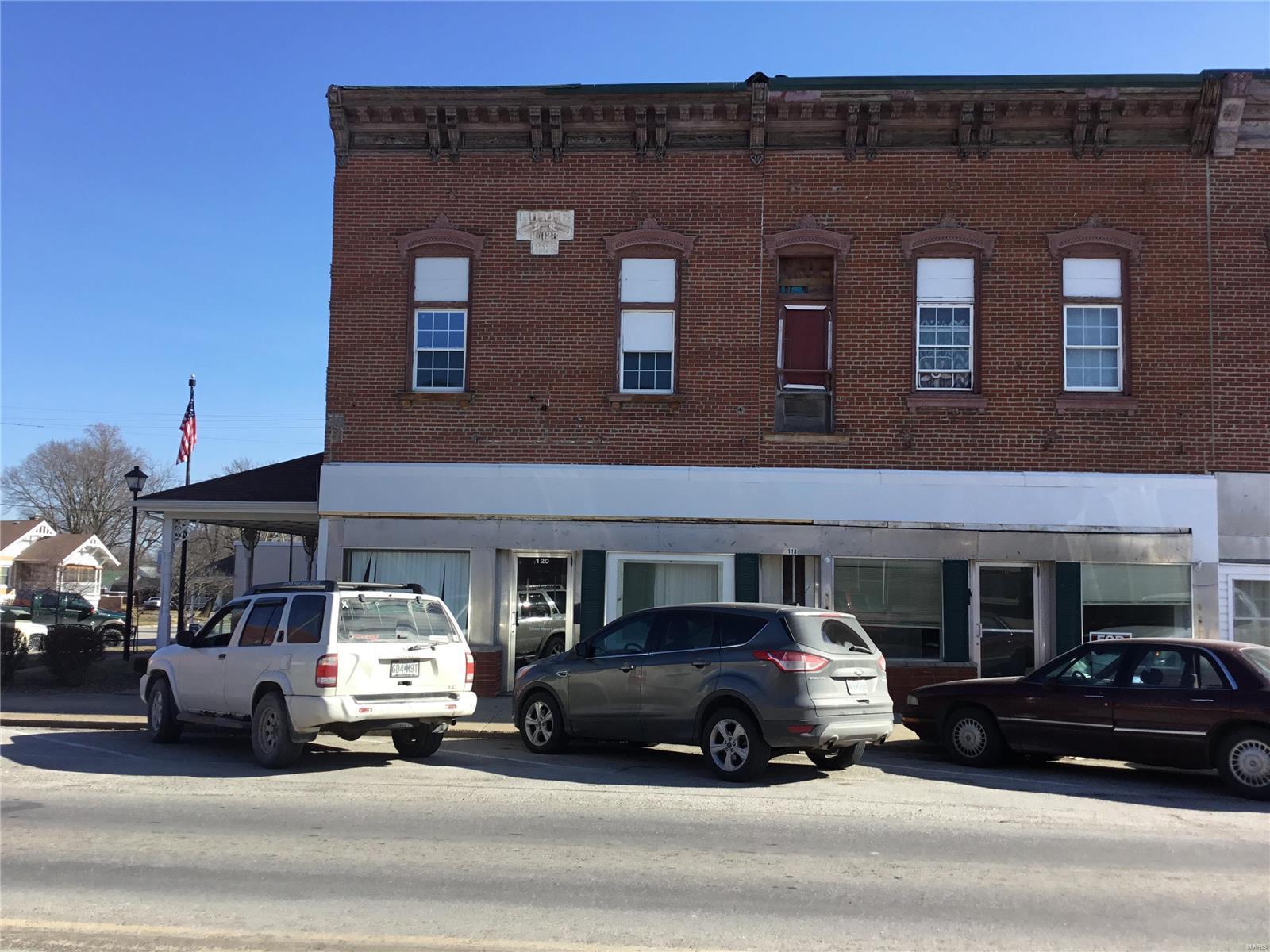 120 N Sturgeon Street Property Photo - Montgomery City, MO real estate listing