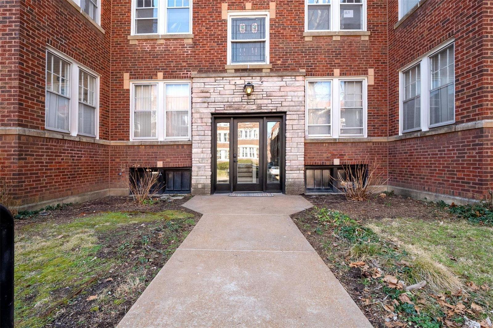 6306 Southwood Condo Real Estate Listings Main Image