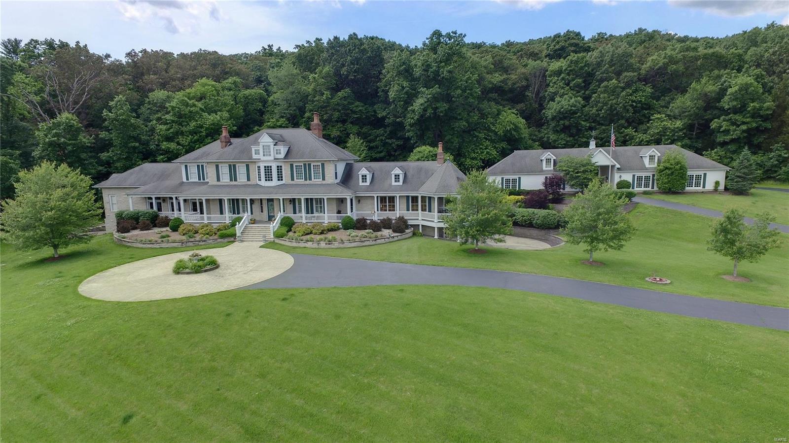4325 Fox Creek Road Property Photo - Wildwood, MO real estate listing