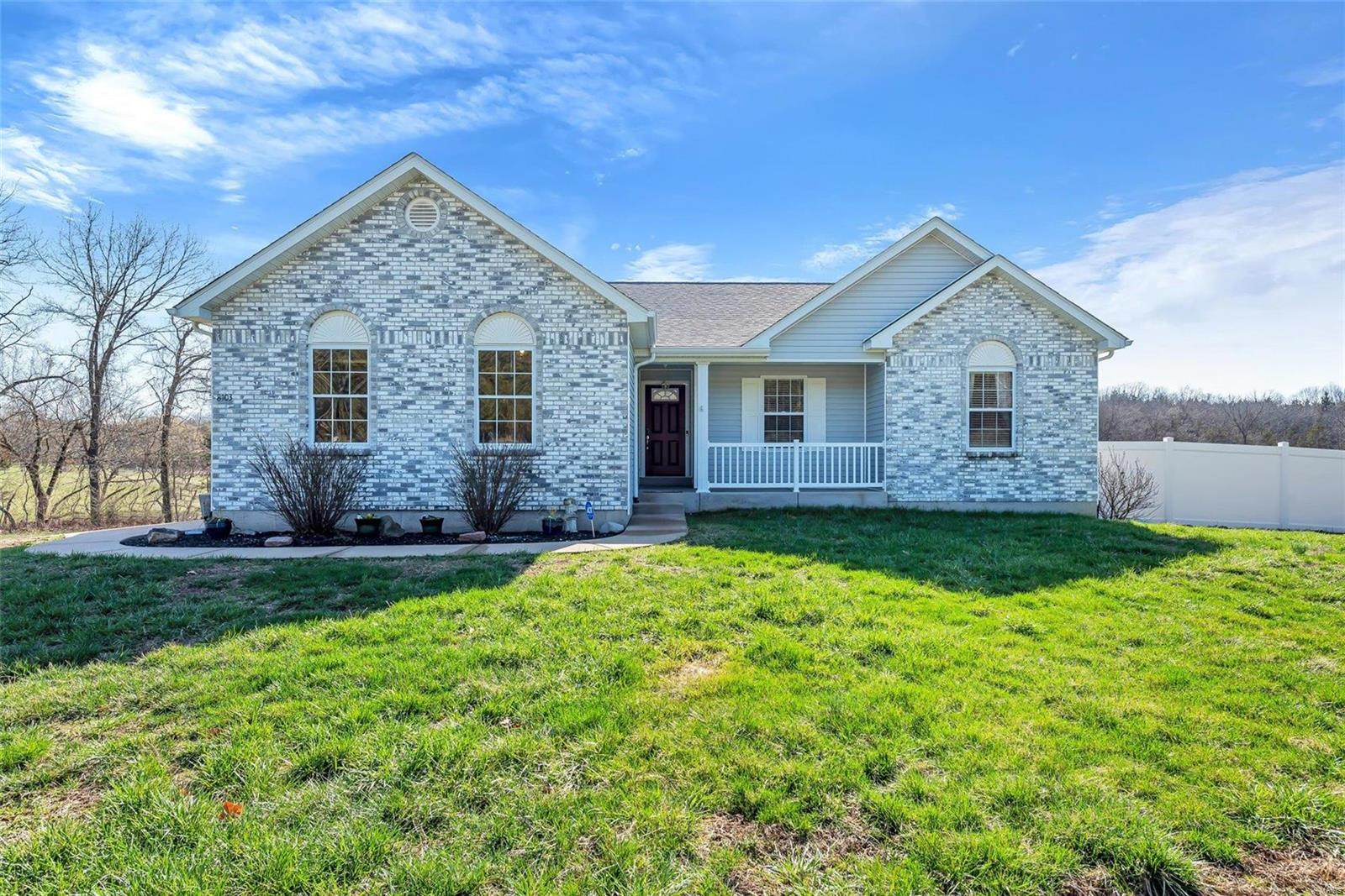 8103 Willow Haven Road Property Photo - Robertsville, MO real estate listing
