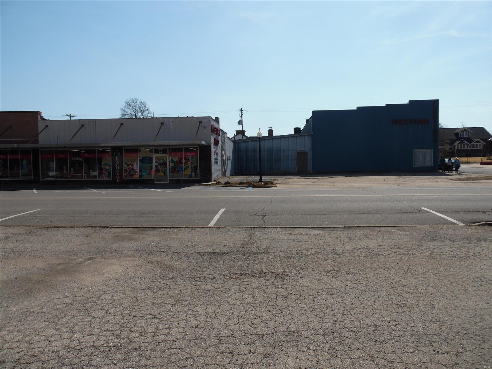20 W Main Street Property Photo - Sullivan, MO real estate listing
