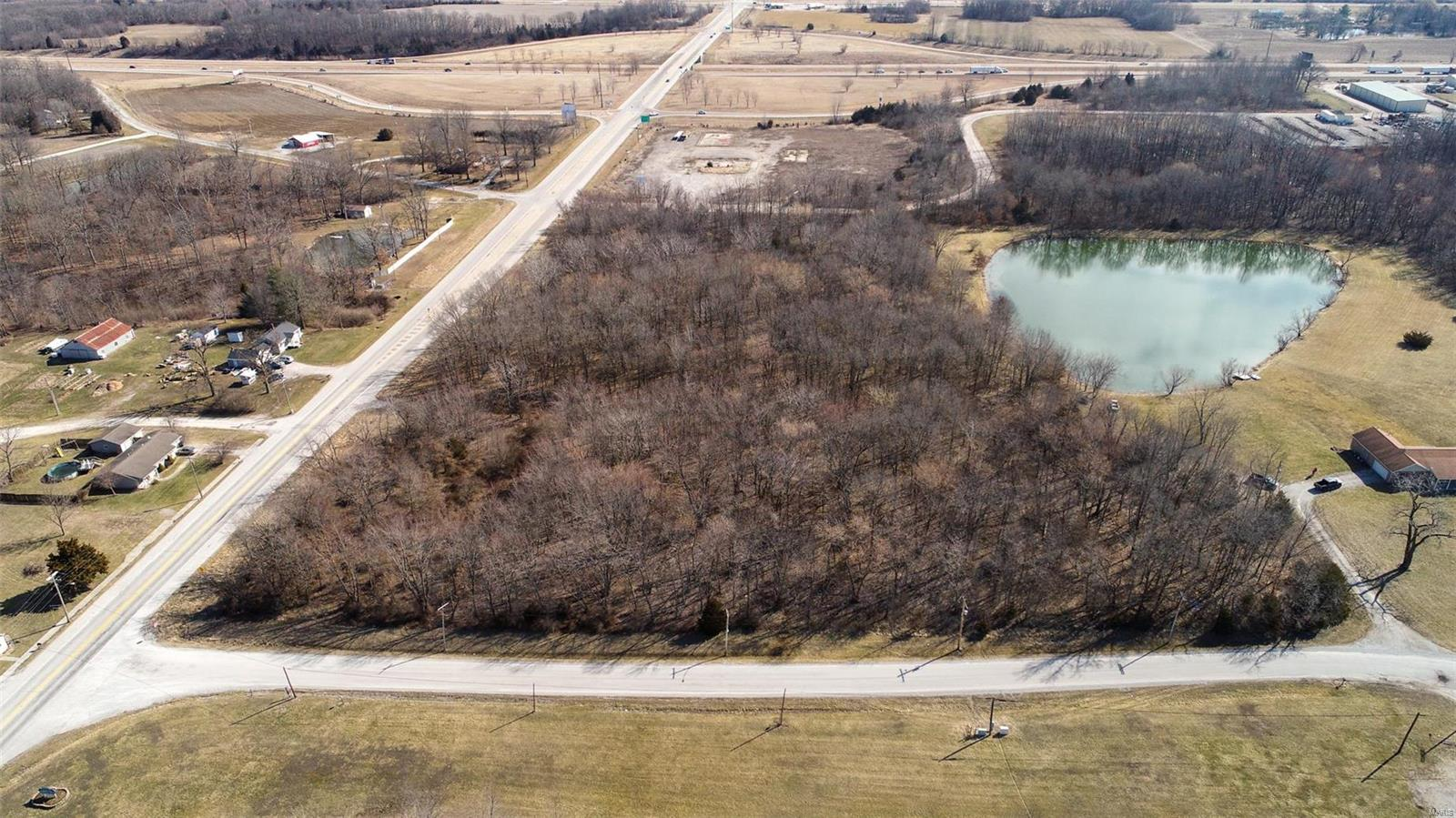 606 S Main Street Property Photo - Mount Olive, IL real estate listing