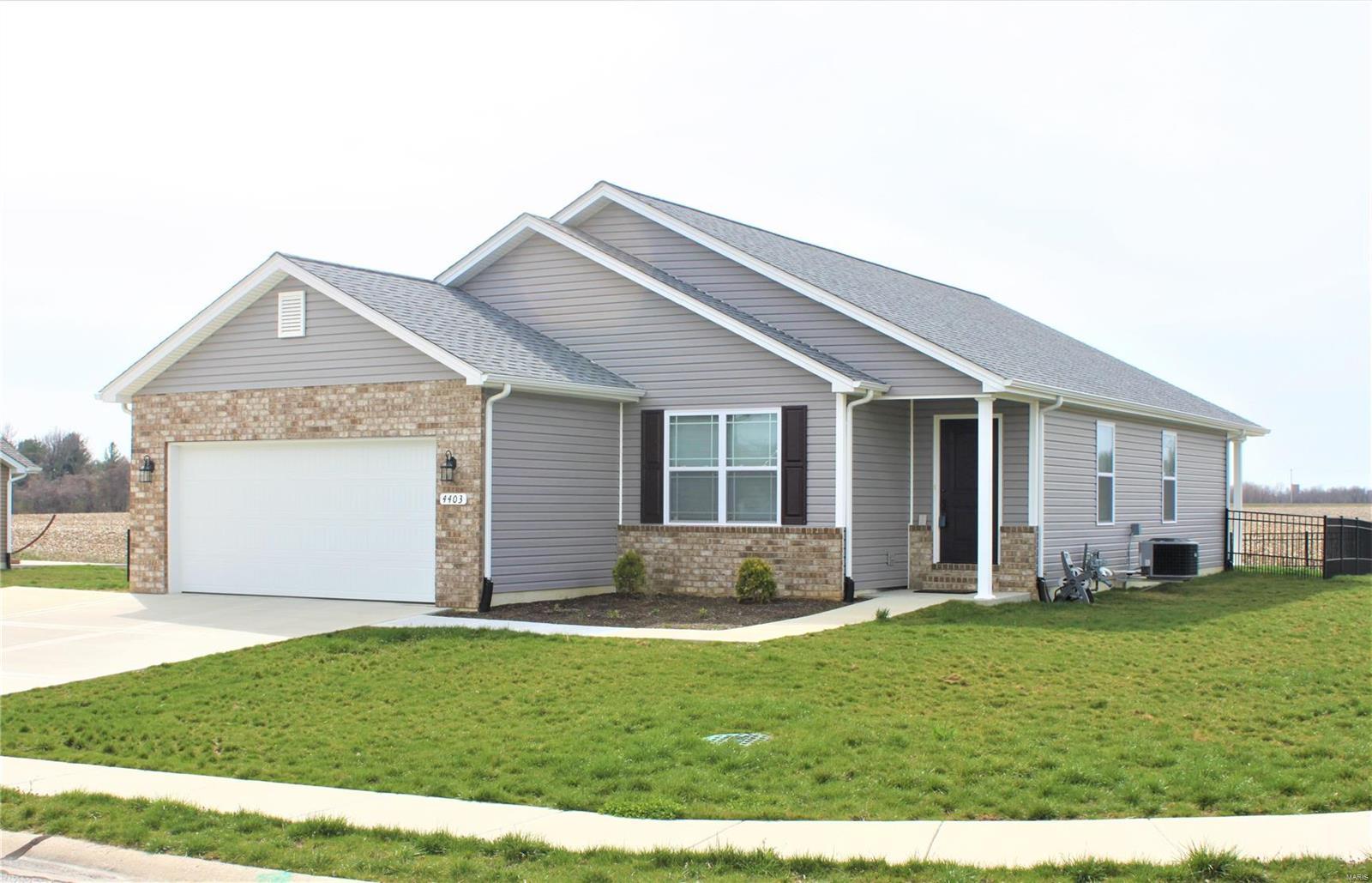 4403 Maple Brook Drive Property Photo - Belleville, IL real estate listing