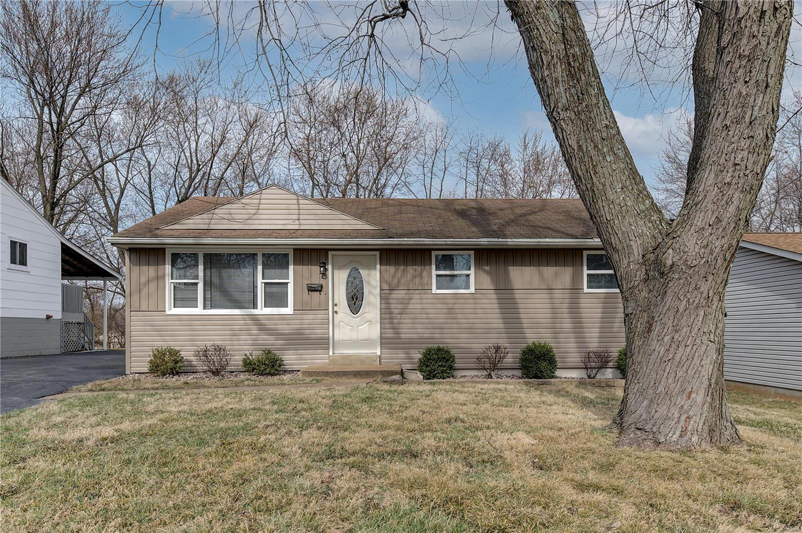3523 High Drive Property Photo - St Ann, MO real estate listing