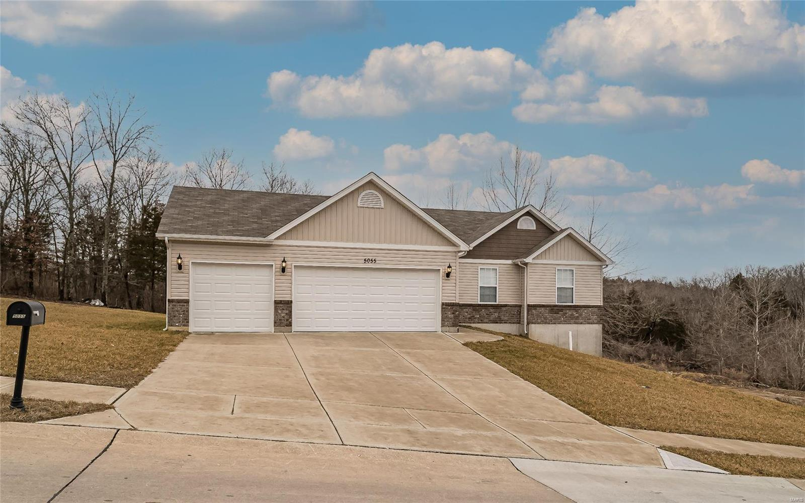 5055 Hampton Drive Property Photo