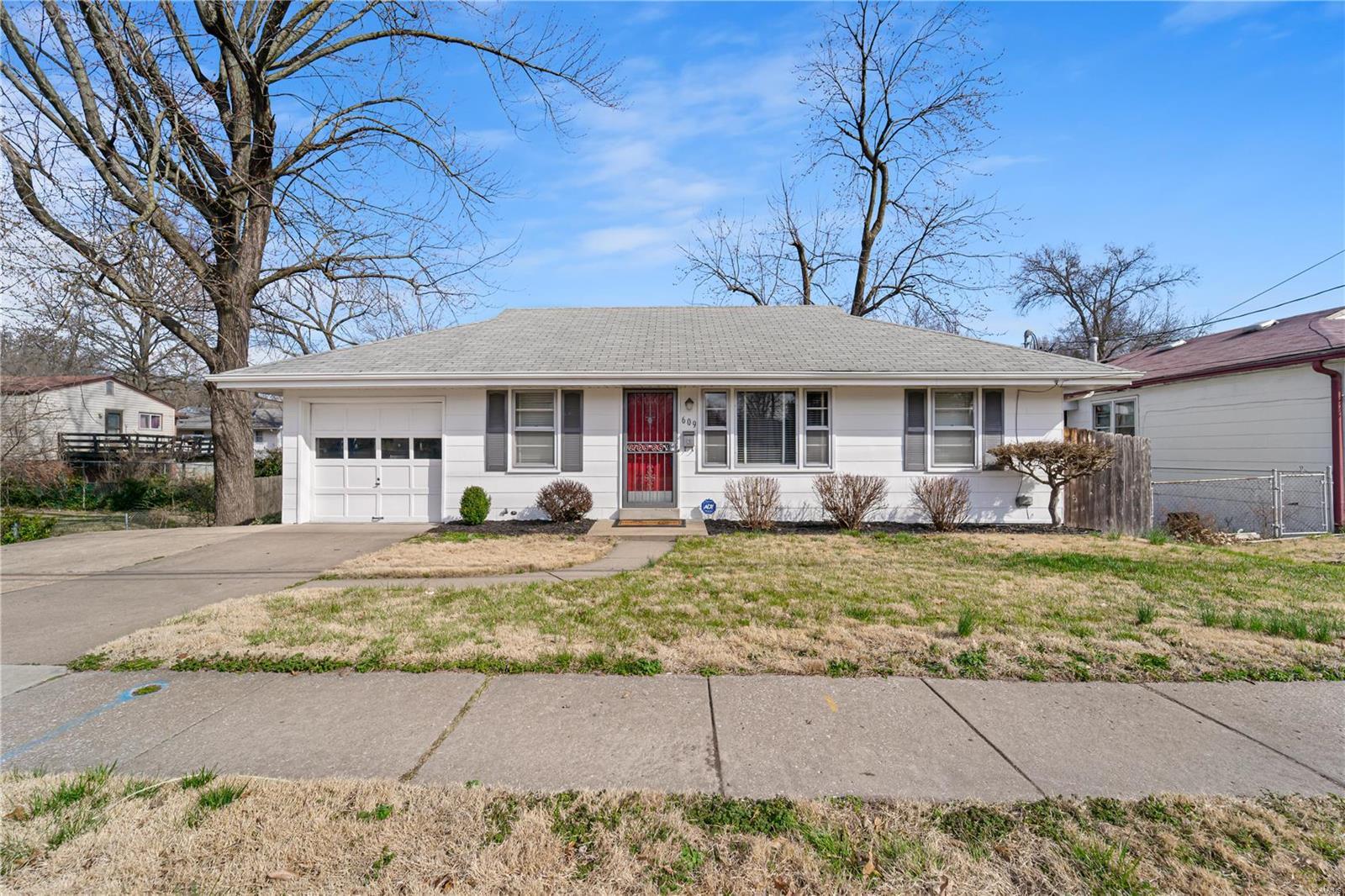 609 Chambers Road Property Photo - Ferguson, MO real estate listing