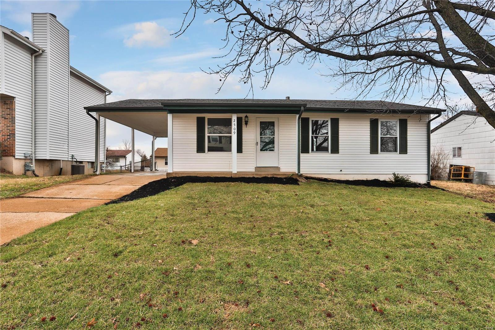 2509 Medford Property Photo - High Ridge, MO real estate listing
