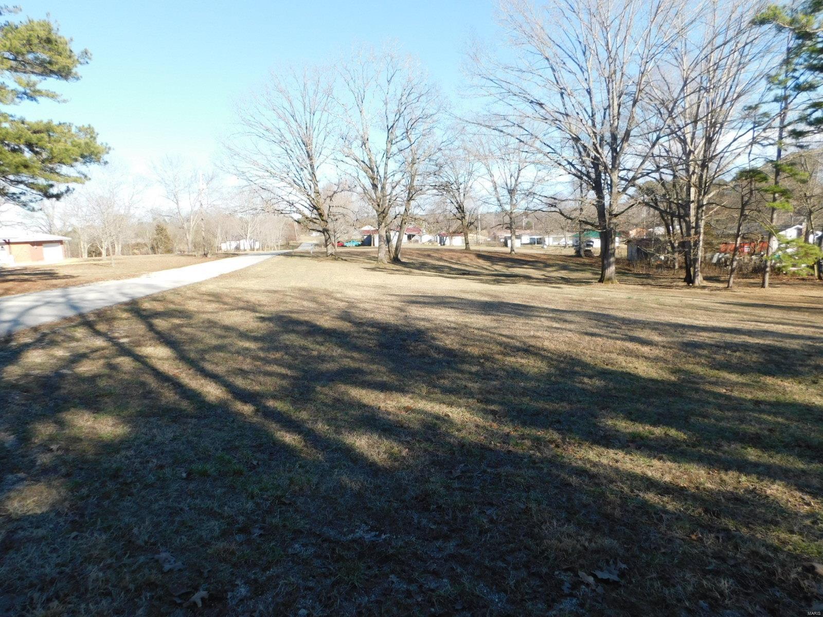 0 Hillcrest Drive Property Photo - Winona, MO real estate listing
