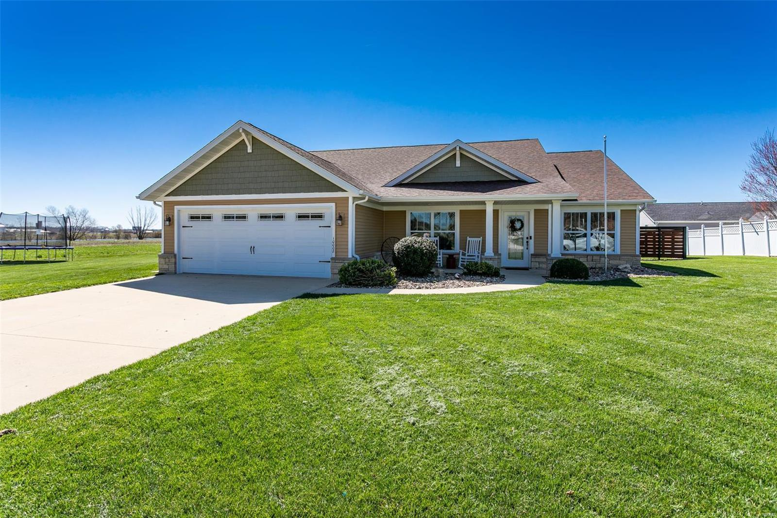 10008 Holy Cross Lane Property Photo - Breese, IL real estate listing