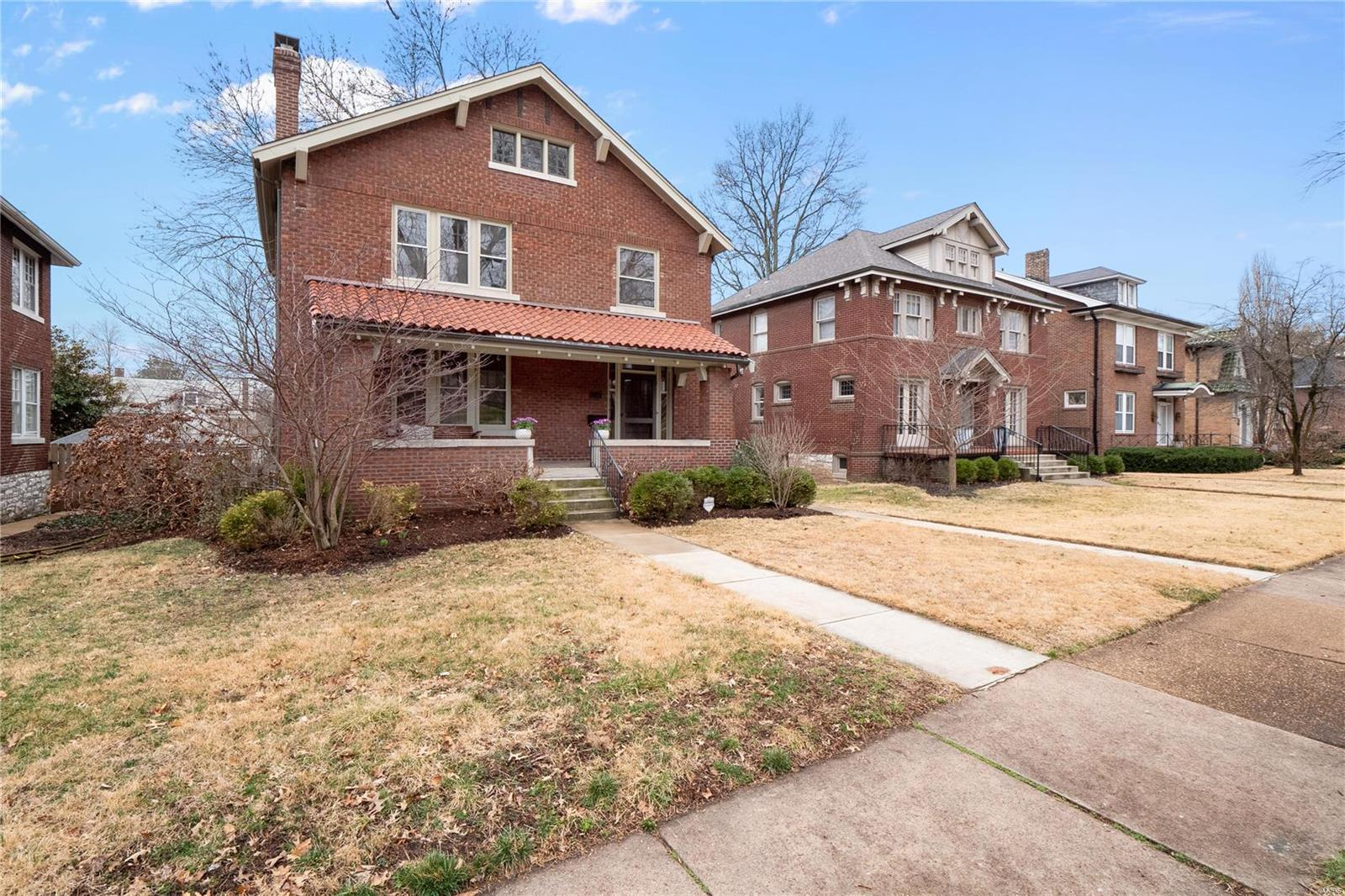 6946 Kingsbury Boulevard Property Photo - University City, MO real estate listing