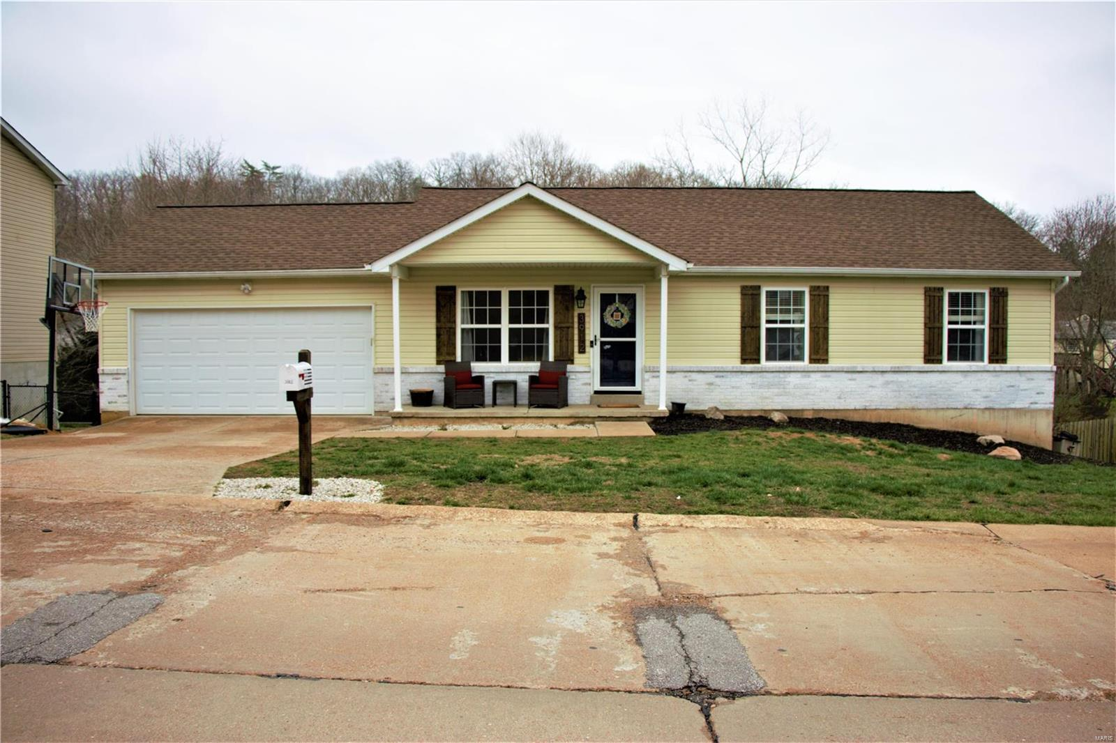 3912 Country Club Drive Property Photo - Imperial, MO real estate listing