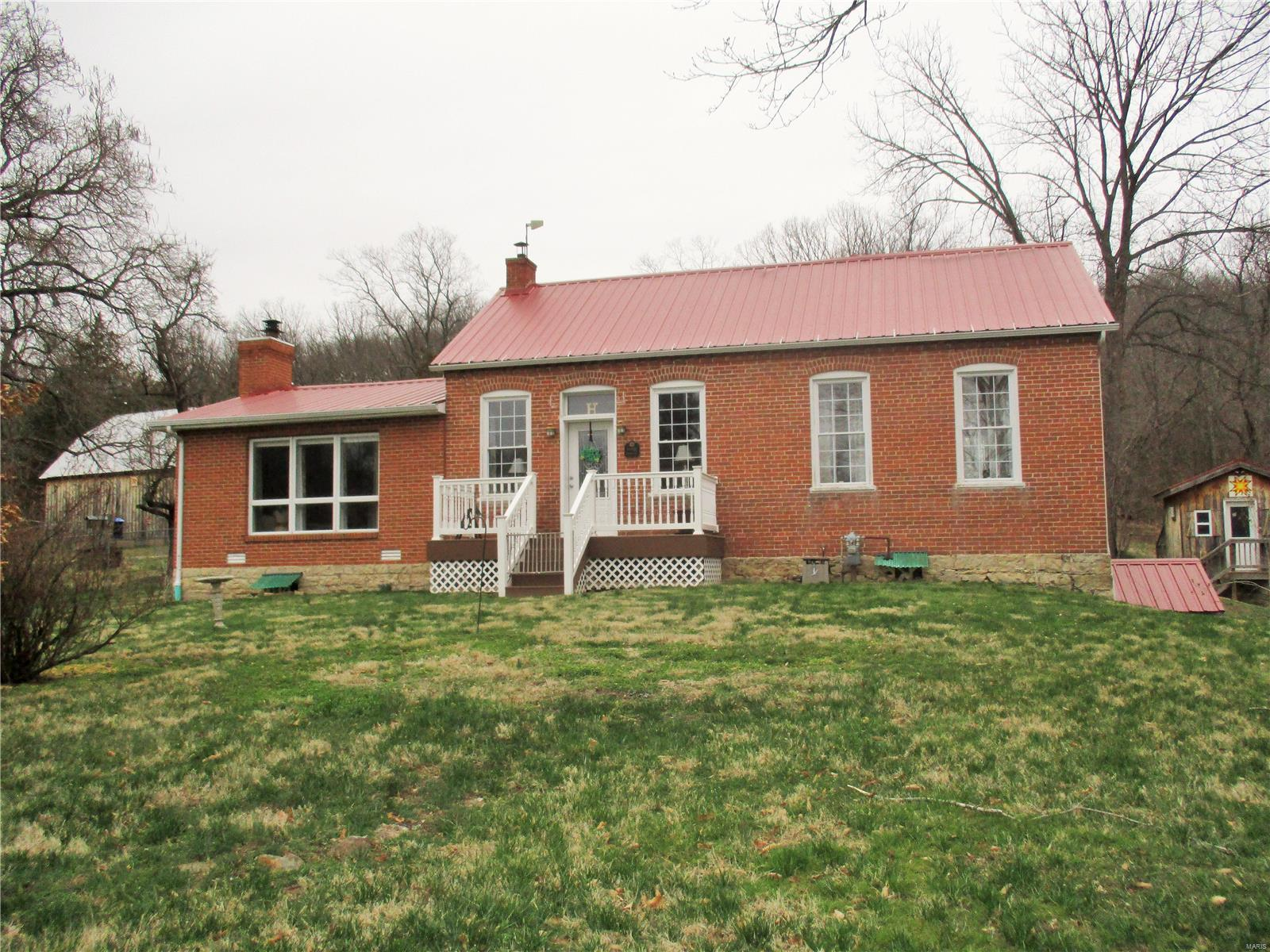 2323 Highway 100 Property Photo - Hermann, MO real estate listing