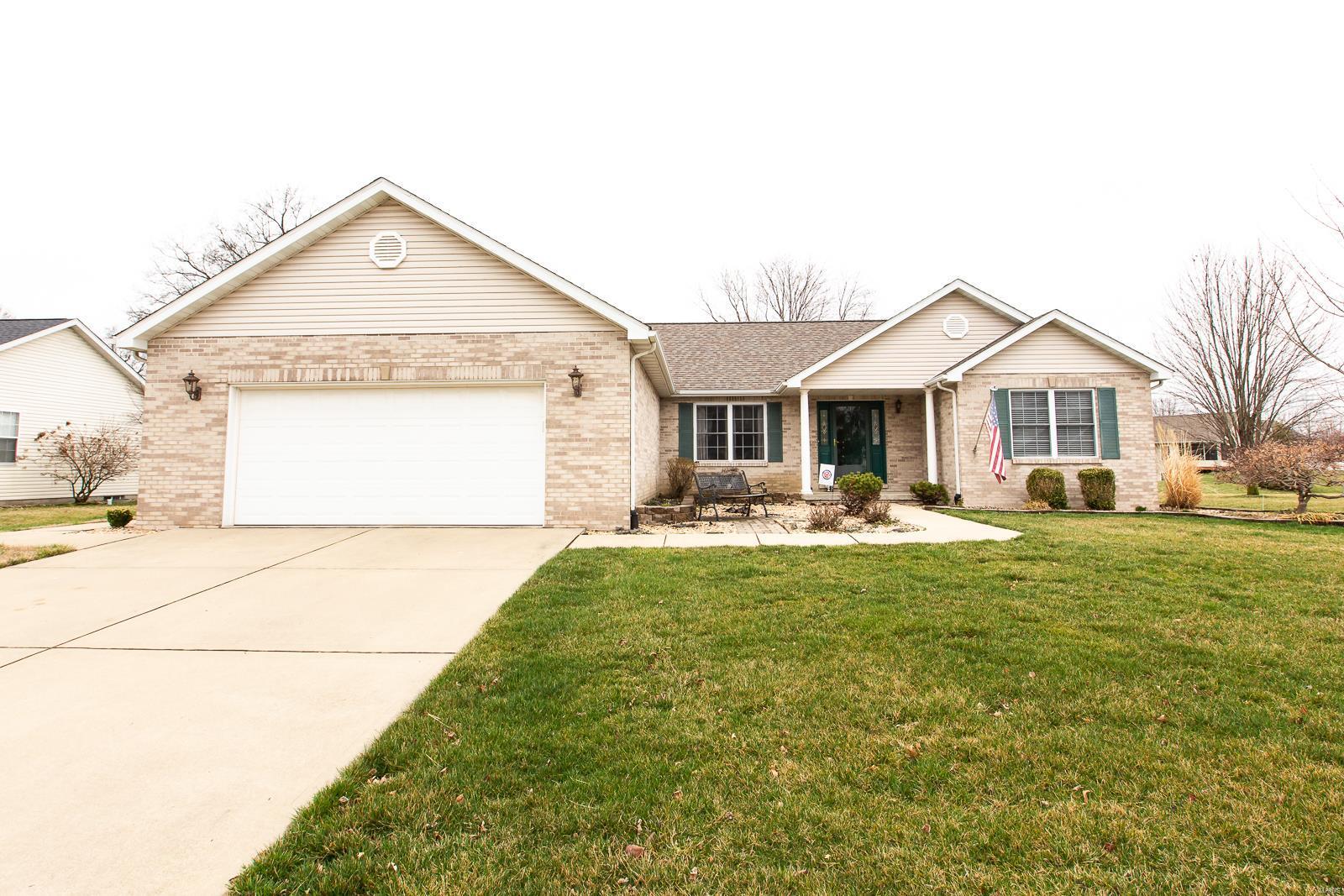541 Streamstone Lane Property Photo - Mascoutah, IL real estate listing