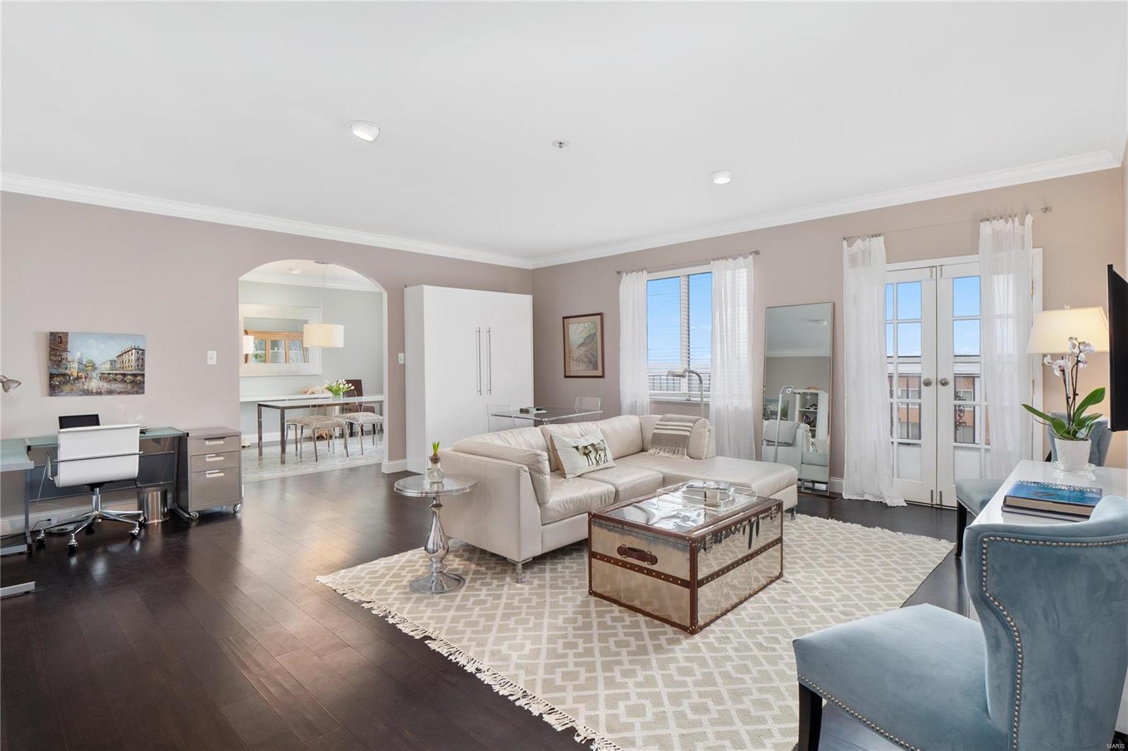 816 Condominiums Real Estate Listings Main Image