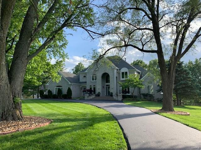 2103 Kehrs Mill Property Photo - Chesterfield, MO real estate listing