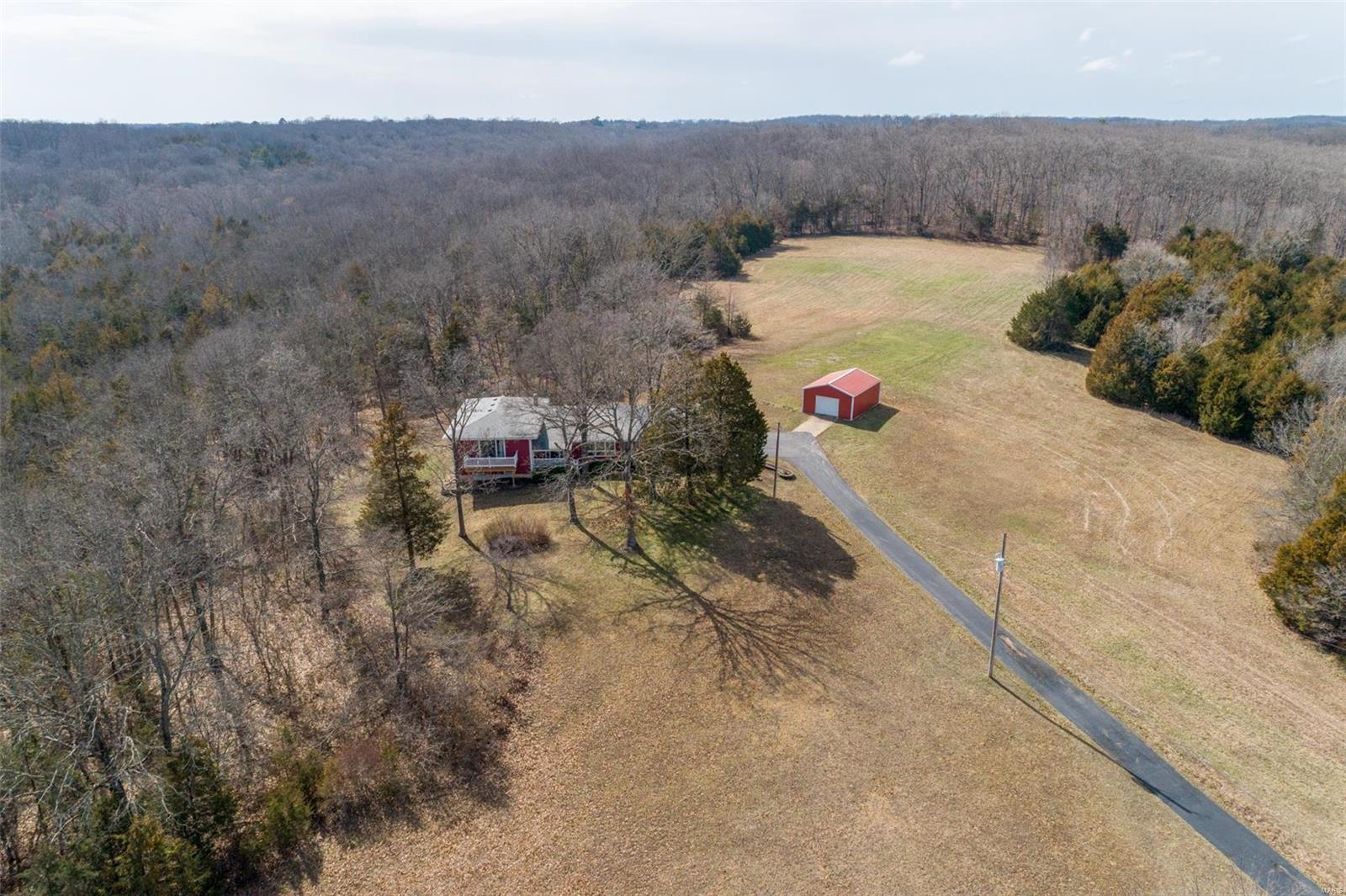 4433 Whitehead Road Property Photo - Hillsboro, MO real estate listing