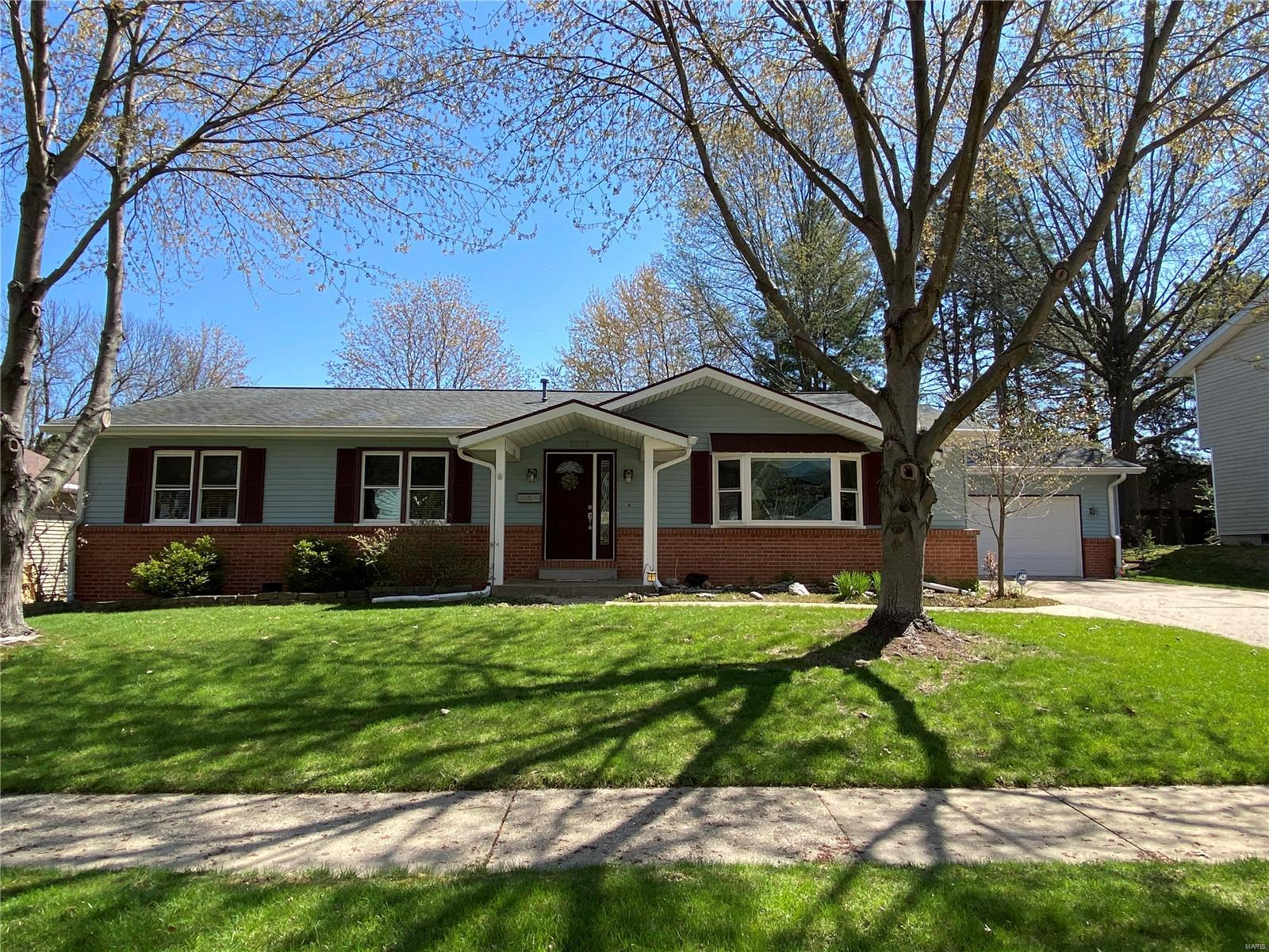 2312 South Park Avenue Property Photo - Springfield, IL real estate listing