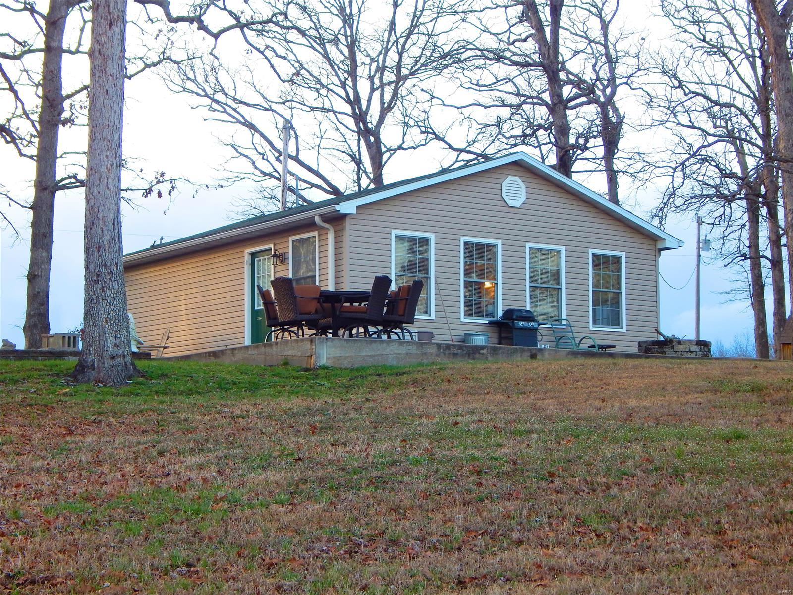 7500 Camp Creek Property Photo - Evansville, IL real estate listing