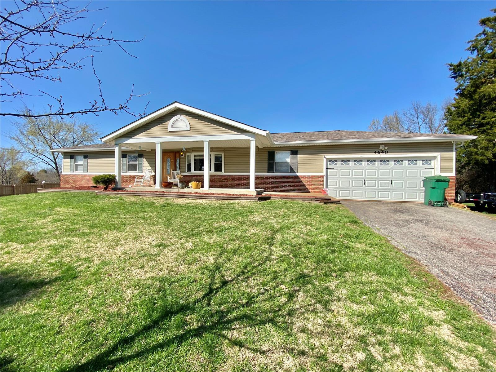 4640 W Four Ridge Road Property Photo - House Springs, MO real estate listing