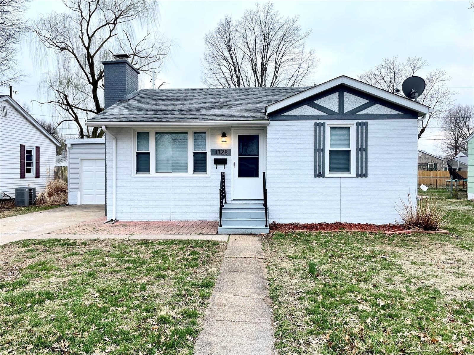 1728 Ferguson Avenue Property Photo - Granite City, IL real estate listing