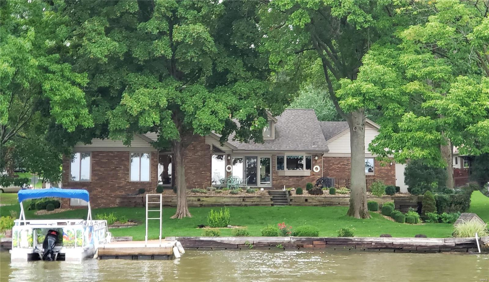 32 Dauphine Drive Property Photo - Lake St Louis, MO real estate listing