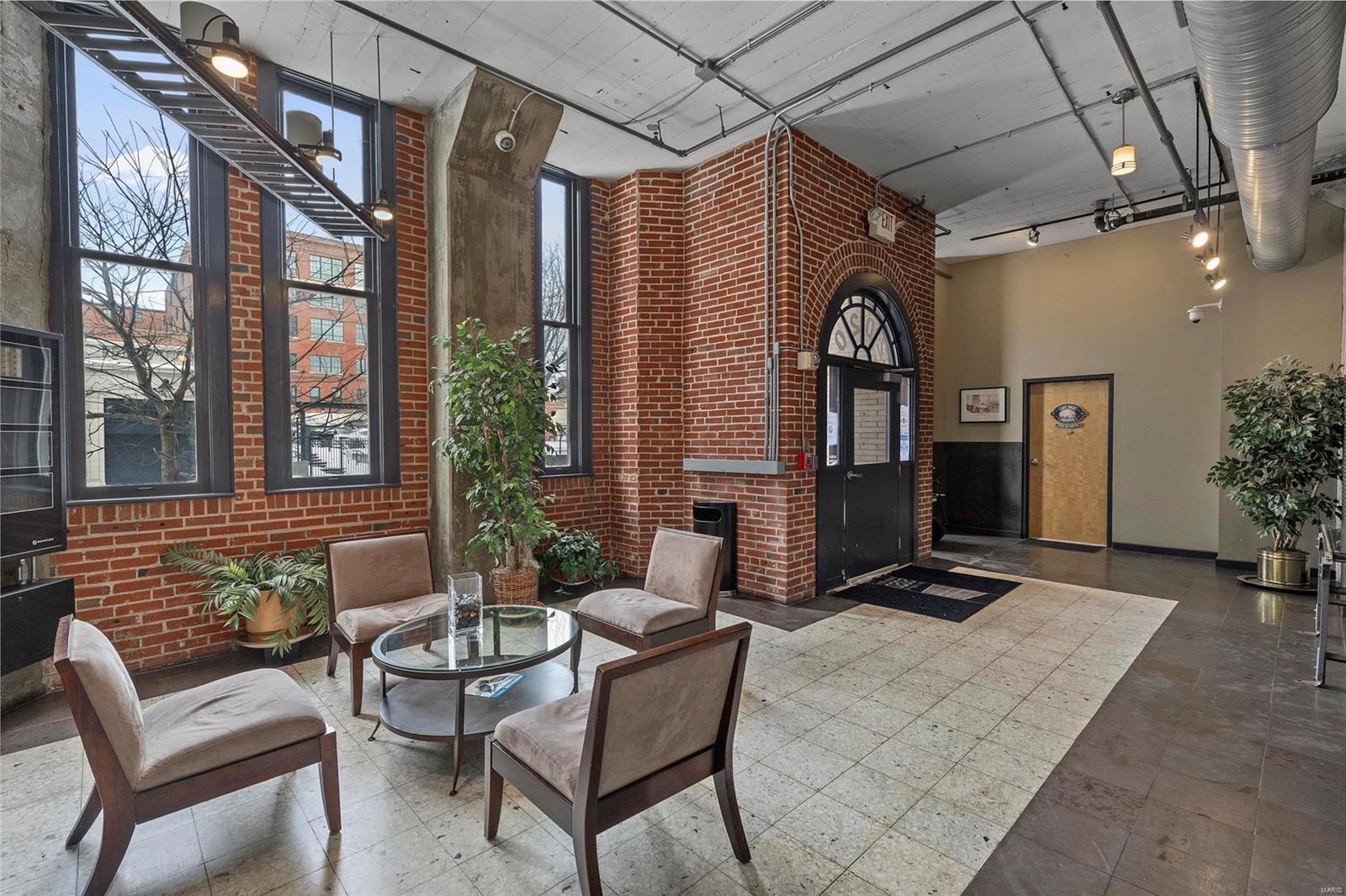 2020 Washington Real Estate Listings Main Image