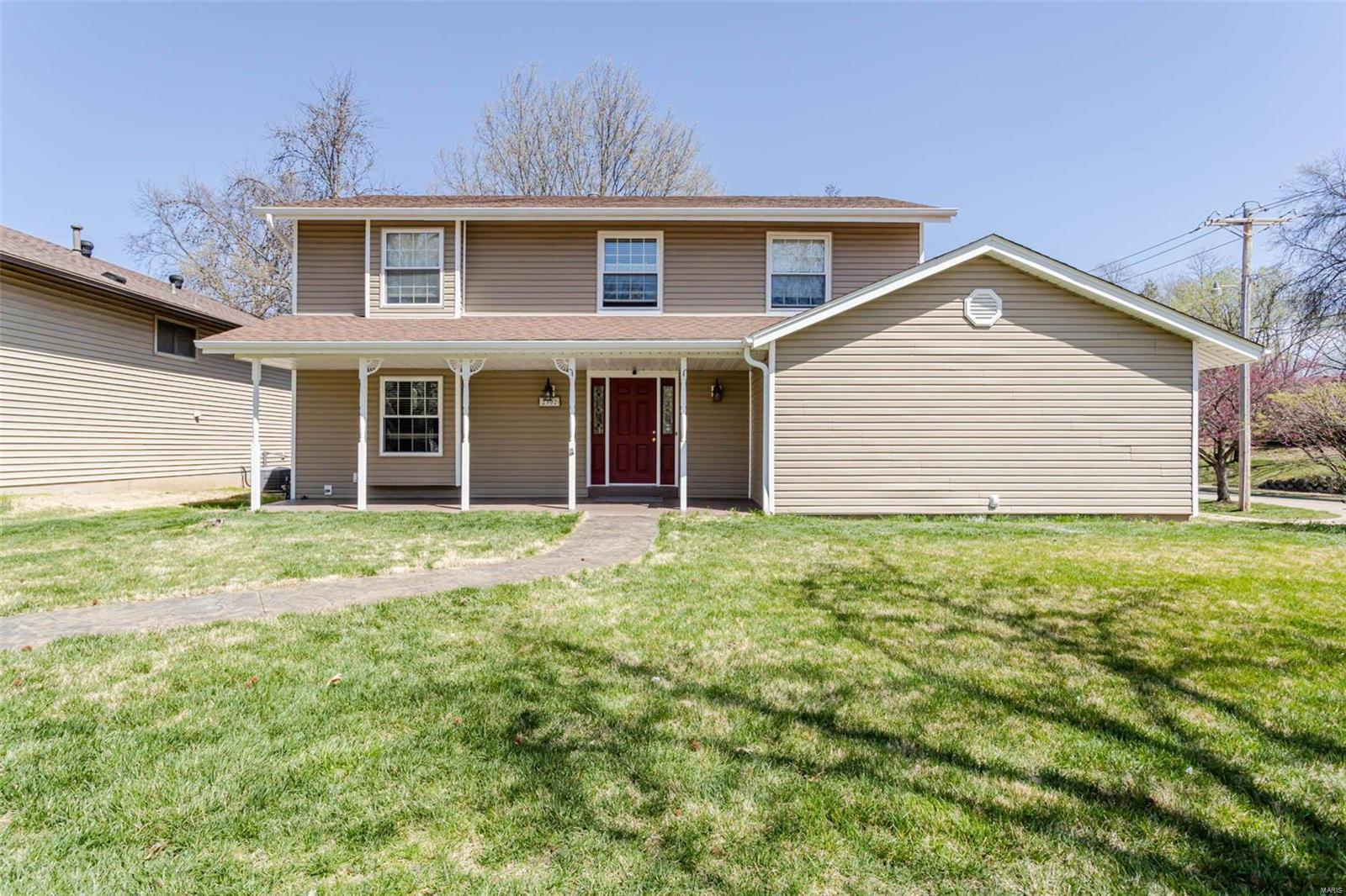 2302 Pheasant Run Drive Property Photo - Maryland Heights, MO real estate listing