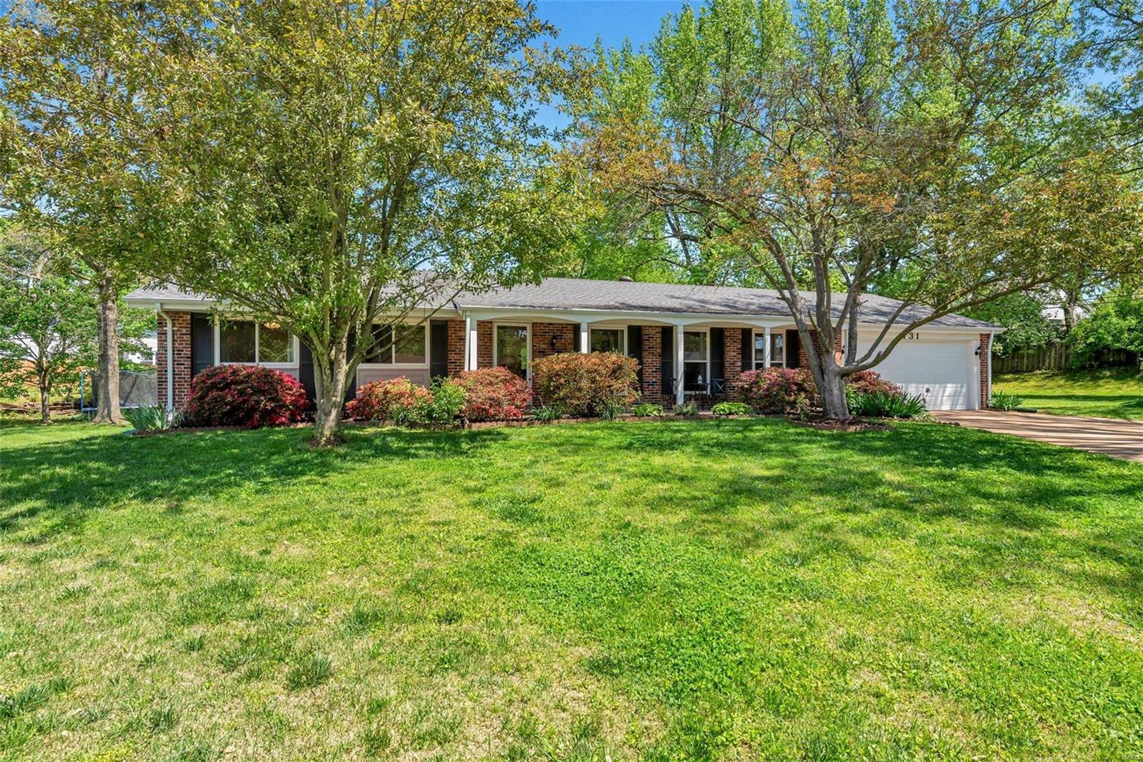 731 Deauville Property Photo - St Louis, MO real estate listing