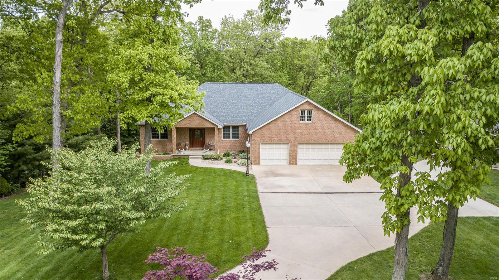 Montgomery Il County Real Estate Listings Main Image