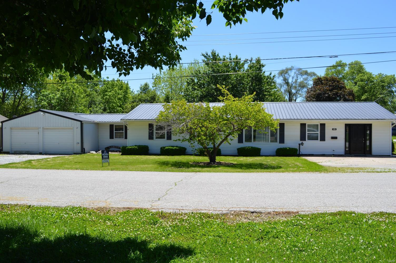 676 W Clark Street Property Photo - Kahoka, MO real estate listing
